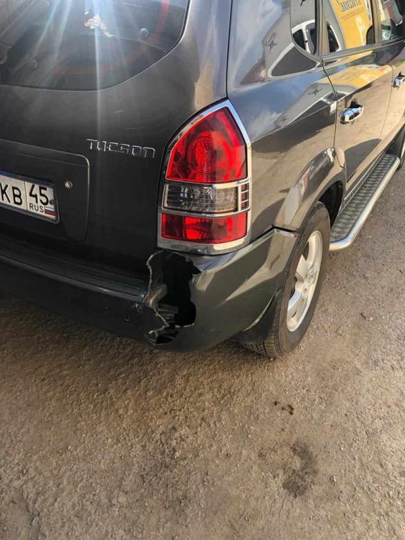 Фото разлома бампера Hyundai до ремонта